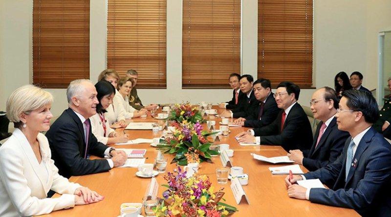 Talks between Vietnam's PM Nguyen Xuan Phuc and Australia's PM Malcolm Turnbull. Photo: VGP
