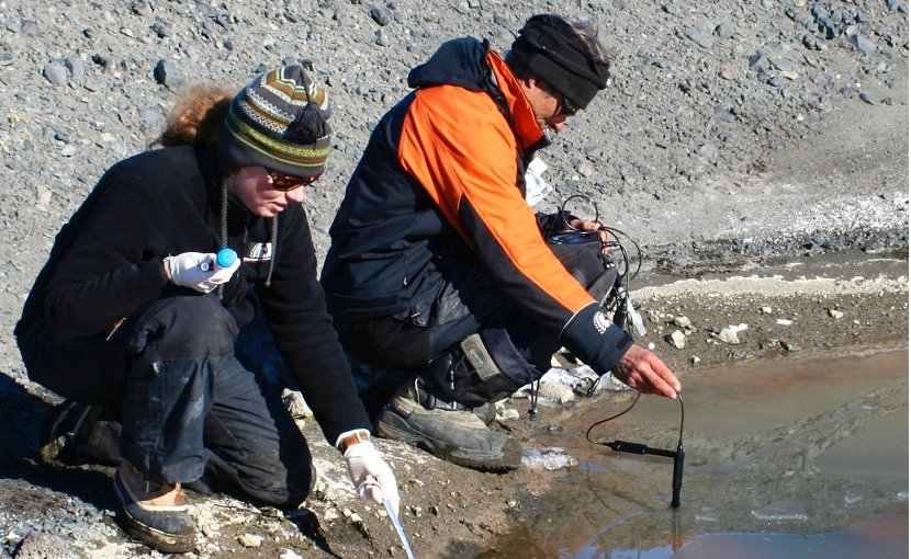 Dr. Anne D. Jungblut is collecting cyanobacteria samples on the McMurdo Ice Shelf, Antarctica. Credit Taylor & Francis