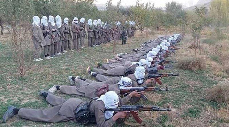 Jihadists of Katibat in training