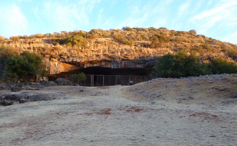 Entrance of Wonderwerk Cave, South Africa Credit Michaela Ecker