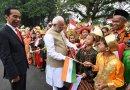 The President of Indonesia, Mr. Joko Widodo welcomes the Prime Minister, Shri Narendra Modi, on his arrival at Istana Merdeka, in Jakarta, Indonesia. Photo Credit: India PM office.
