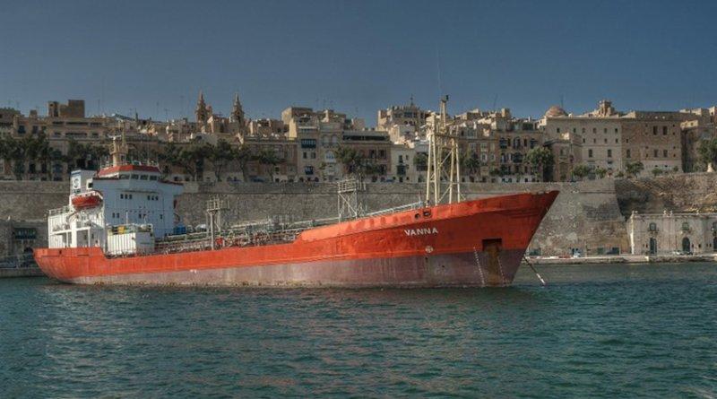 ship shipping tanker