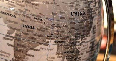 china nepal pakistan india globe map south asia