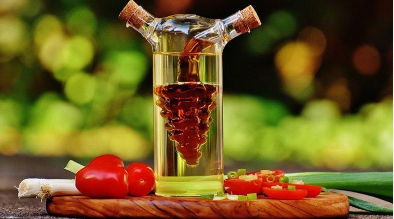 oil vinegar salad
