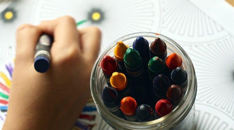 color book art crayon