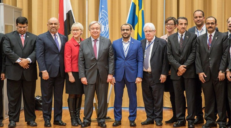 Secretary-General António Guterres (center), Swedish Foreign Minister, Margot Wallström (center left), and UN Special Envoy for Yemen Martin Griffiths (center right), with participants of the Yemeni political consultations in Sweden on 13 December 2018. Photo Credit: Government Offices of Sweden/Ninni Andersson
