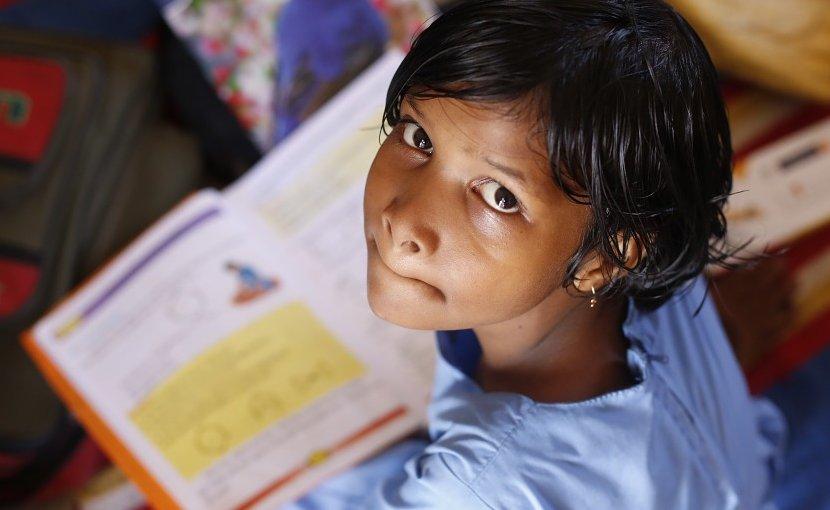 girl india student school