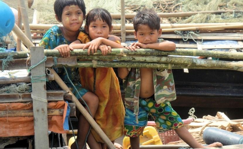 Children in Myanmar/Burma