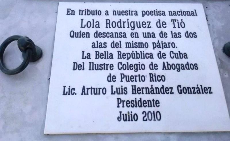 Lola Rodríguez de Tió's tomb in Colón, Havana, Cuba. (Photo Credit: Nicanor Bobé Acevedo)