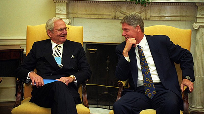 Lee Iacocca meets with President Bill Clinton. Photo Credit: Ralph Answang for the White House; photo archived in Clinton Presidential Library, Wikipedia Commons