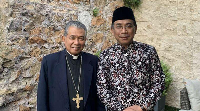 Sheikh Yahya Cholil Staquf with Archbishop Agustinus Agus of Pontianak. Credit: Courtney Grogan/CNA