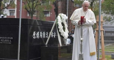 Pope Francis prays at the Nagasaki ground zero site on Nov. 24, 2019. Credit: Vatican Media.