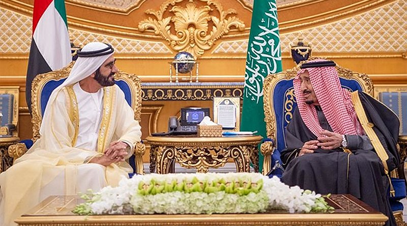 Saudi Arabia's King Salman welcomes the Dubai Ruler Sheikh Mohammed bin Rashid Al-Maktoum. (SPA)