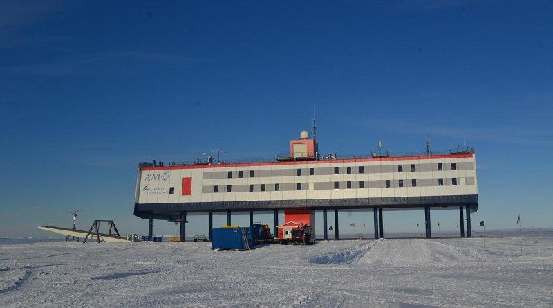 The Alfred Wegener Institute's Neumeyer-Station III in Antarctica. CREDIT Photo: Stahn/Charité
