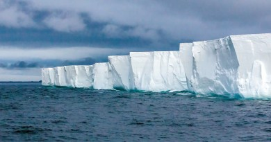 Continent Antarctica Iceberg Hurtigruten Travel