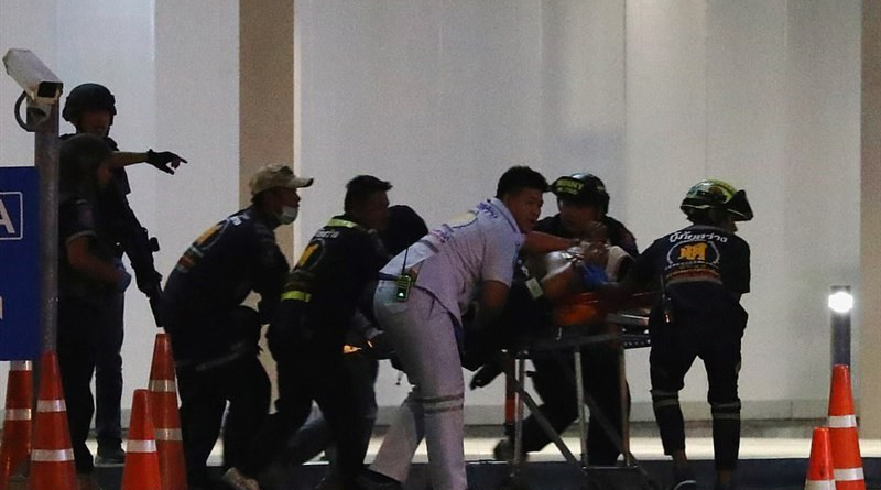 Military and emergency personnel respond to attack in Nakhon Ratchasima, Thailand. Photo Credit: Tasnim News Agency