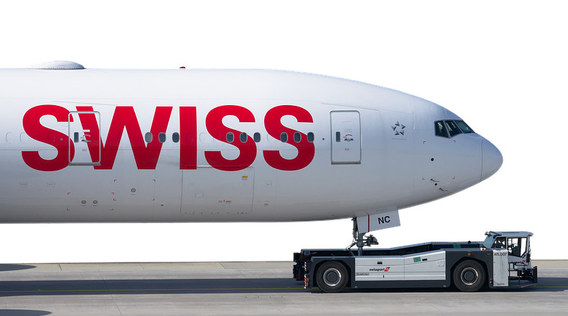 Swiss Airlines Boeing 777 Aircraft Tug 777 Boing