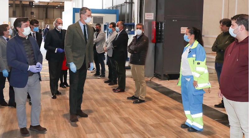 Spain's King Felipe IV visits emergency hospital at IFEMA Complex in Madrid, Spain. Photo Credit: Casa Real