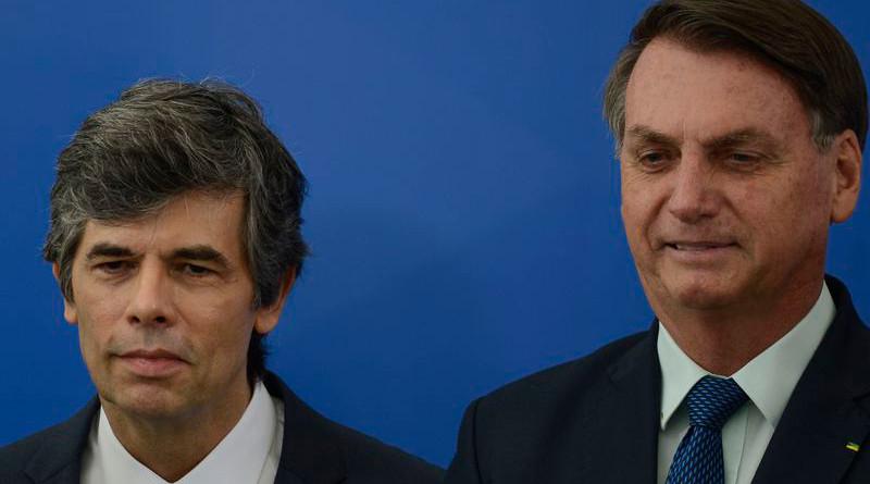 Brazil's President Jair Bolsonaro (right) with new Health Minister Nelson Teich. Photo Credit: Marcello Casal Jr., Agencia Brasil (ABr)