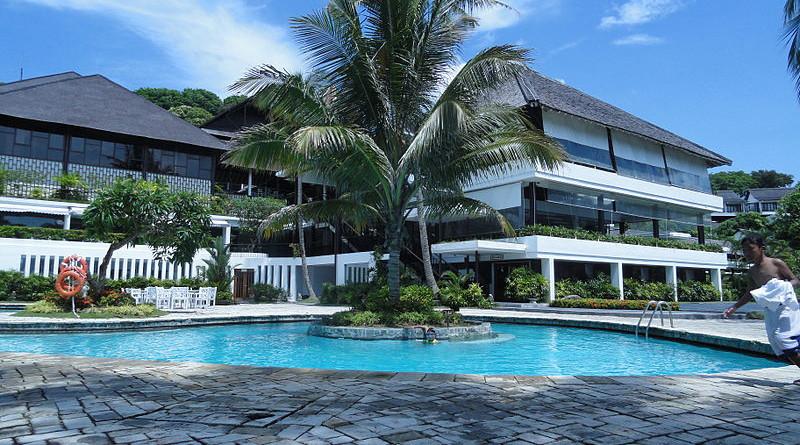 Turi Beach Resort, Batam Island, Indonesia. Photo Credit: Sándor & Ihsaana, Wikipedia Commons