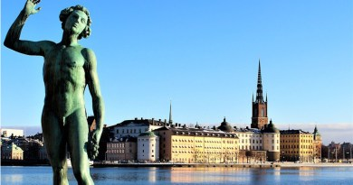 Stockholm Sweden Statue Architecture Buildings Water Sea Himmel