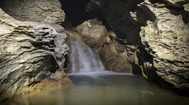 Large volumes of water enter the Monte Conca cave. CREDIT University of South Florida