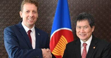 Igor Driesmans, Ambassador of the European Union with Secretary-General of ASEAN Dato Lim Jock Hoi. Photo Credit: ASEAN