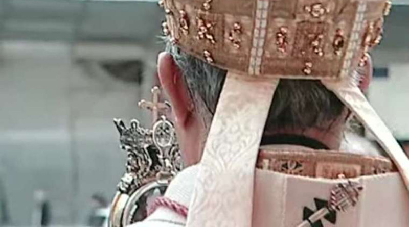 The Archbishop of Naples blesses the city with St. Januarius' liquefied blood. Credit: Vatican Media.