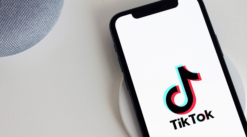 Tiktok App Iphone Telephone Social Media