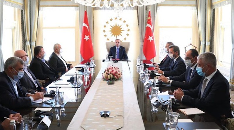 Turkey's President Recep Tayyip Erdogan met the Hamas leaders in Istanbul on Aug. 22. (Turkish presidency handout)