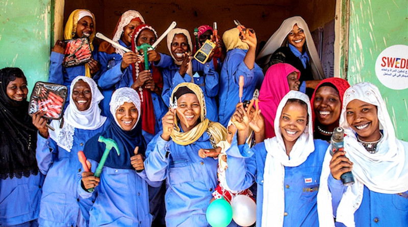 In Chad and other countries where it is working, SWEDD-The Swedish Development Aid Organization has already provided professional training to almost 100,000 women so they can pursue income-generating activities. Credit: Vincent Tremeau/The World Bank.