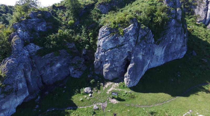 Aerial view of Stajnia Cave. CREDIT Marcin Arski