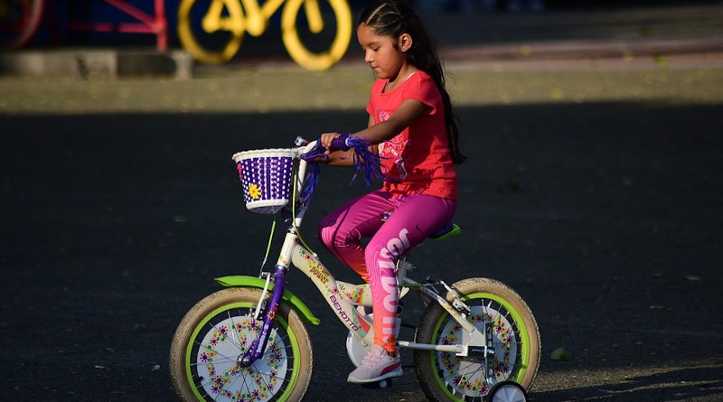 Latina Bicycles Girl Latino