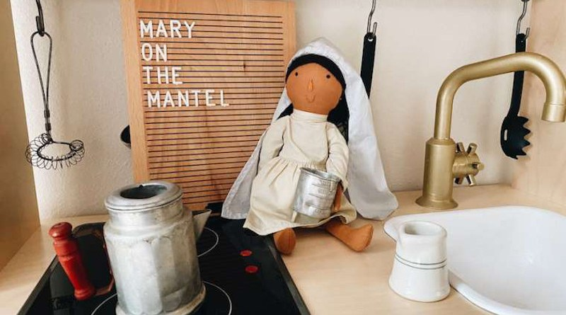 Mary on the Mantel. Credit: Be a Heart.