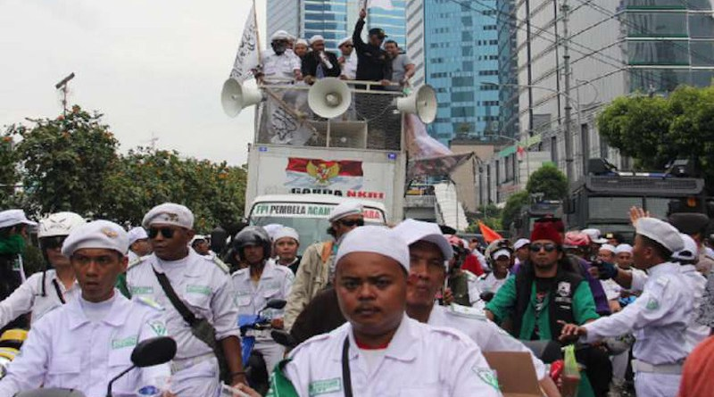 Members of the Islamic Defenders Front (FPI) hold a protest in Jakarta in 2017. (Photo: Konradus Epa/UCA News)