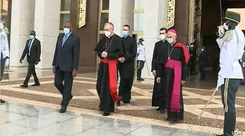 Cardinal Pietro Parolin leaves Cameroon presidential palace in Yaounde, Jan. 29, 2021. (Moki Edwin Kindzeka/VOA)