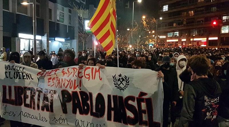 Demonstration in Barcelona against Pablo Hasél's incarceration. Photo Credit: Jordiventura96, Wikipedia Commons