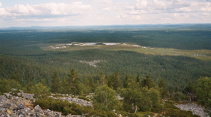 Landscape near Kemijärvi, Finland. Photo Credit: Jaro Larnos, Wikipedia Commons