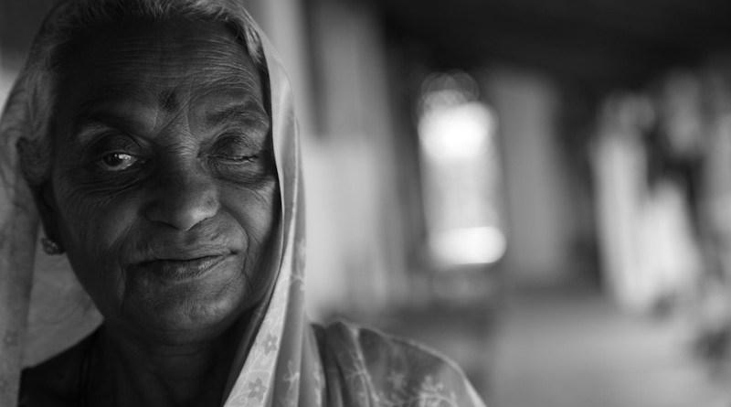 Sri Lanka India Old Woman Senior Buddhism Culture Elderly