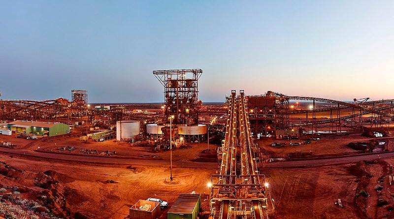 Fortescue Metals Group Ore Processing Facility, Christmas Creek, Australia. Photo Credit: Fortescue Metals Group, Wikipedia Commons