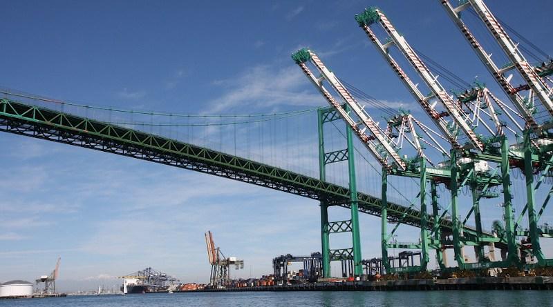 Long Beach Los Angeles Port Transport