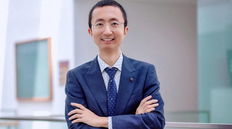 SMU Associate Professor Wang Rencheng. CREDIT: Singapore Management University