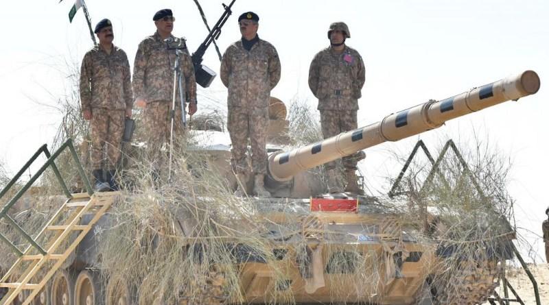 Pakistan's General Qamar Javed Bajwa visits Army training. Photo Credit: Pakistan Army