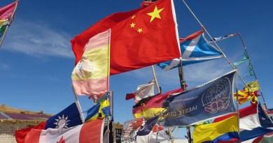 Flags World Uyuni Salar Bolivia Salt Desert China