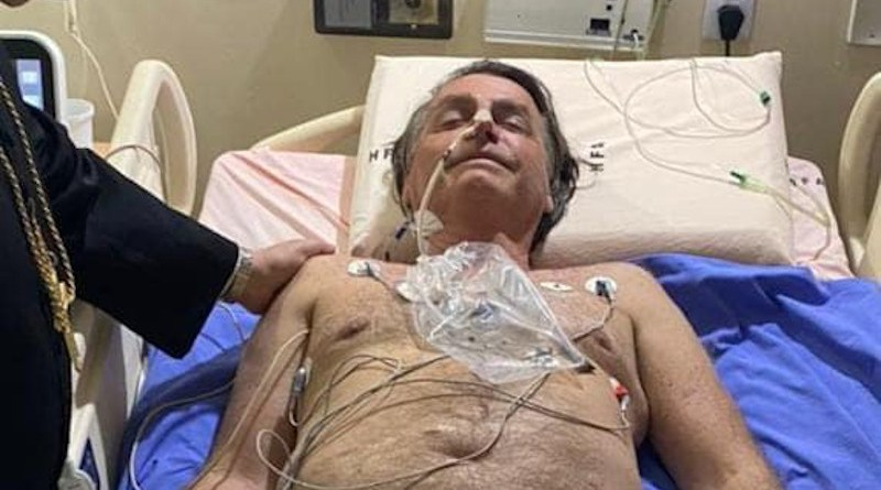 Brazil's President Jair Bolsonaro, seen in a hospital bed in a picture posted to Facebook on July 14, 2021 © Facebook / jairmessias.bolsonaro