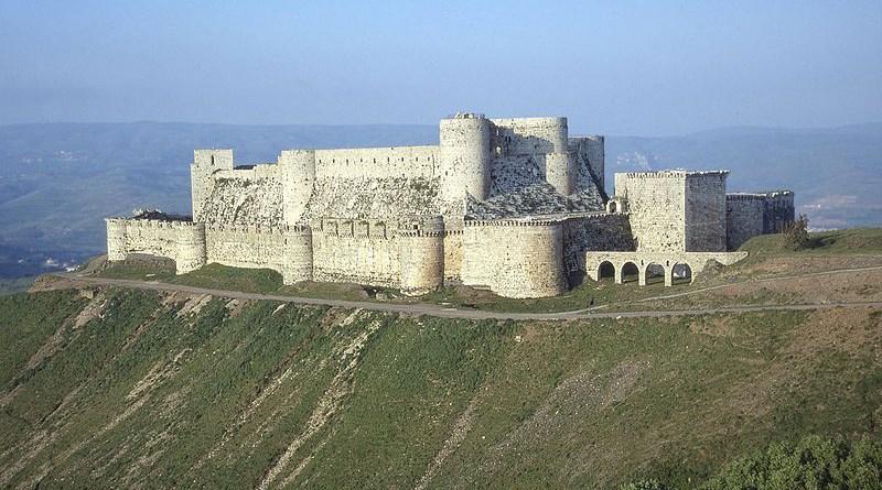 Crusader castle Krak Des Chevaliers in Syria. Photo Credit: Gianfranco Gazzetti / GAR, Wikipedia Commons
