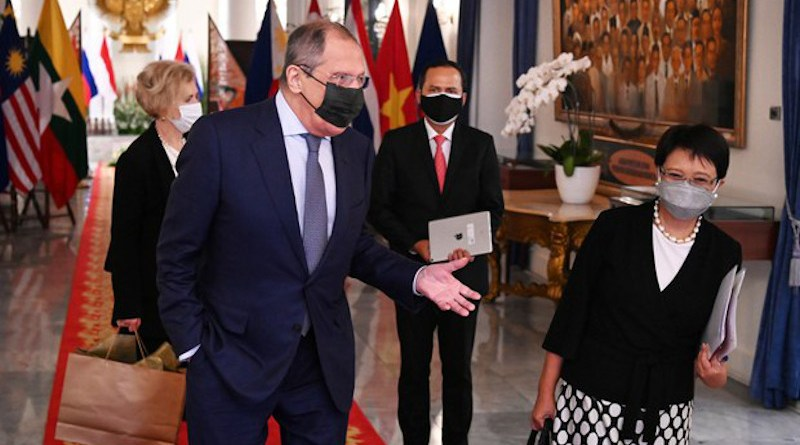 Indonesian Foreign Minister Retno Marsudi (right) reacts as Russian Foreign Minister Sergei Lavrov talks during their meeting in Jakarta, July 6, 2021. [Handout/Indonesia's Ministry of Foreign Affairs]