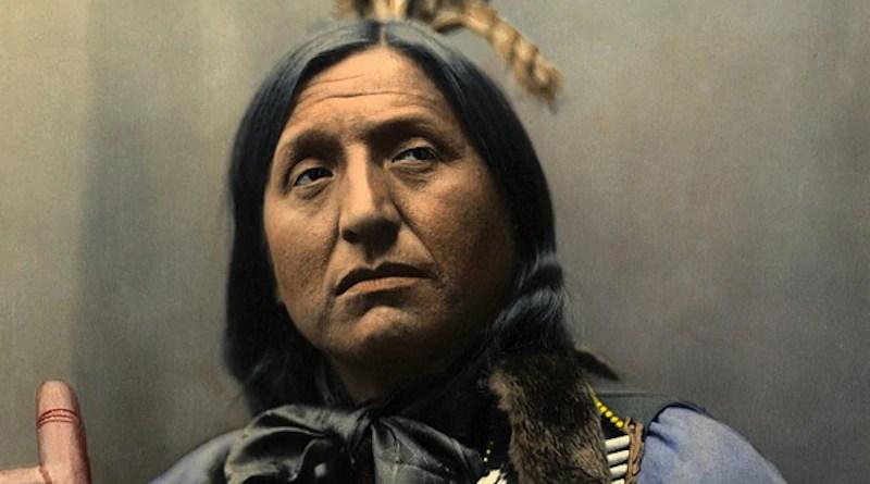 Portrait of Left Hand Bear, Oglala Sioux Chief. Photo Credit: Heyn Photo, Pixabay