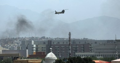 US military helicopter transports embassy personnel to Kabul, Afghanistan airport. Photo Credit: Arab News