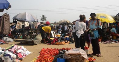 A market in Igwuruta, Nigeria's Rivers State, which has started a war with the Federal Government over the collection of Value Added Taxes (VAT). CC BY-SA 4.0